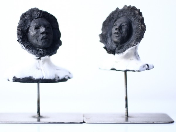 thumbnail galerie sculpture Raku Esquimaux terres ethniques by Anne Requillart
