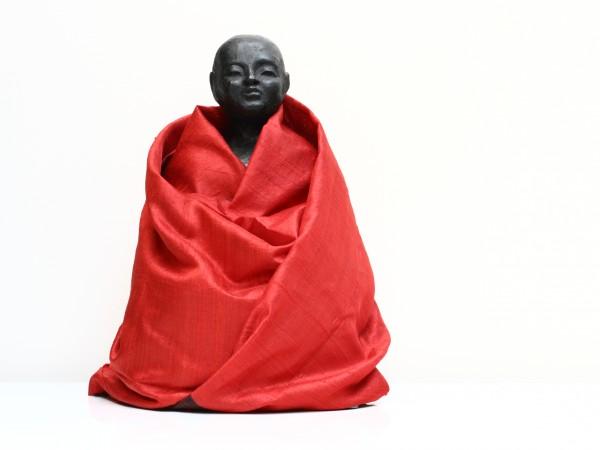 thumbnail galerie sculpture Résine Méditation terres ethniques by Anne Requillart