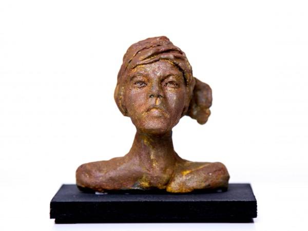 thumbnail galerie sculpture terre cuite Noémie terres ethniques by Anne Requillart