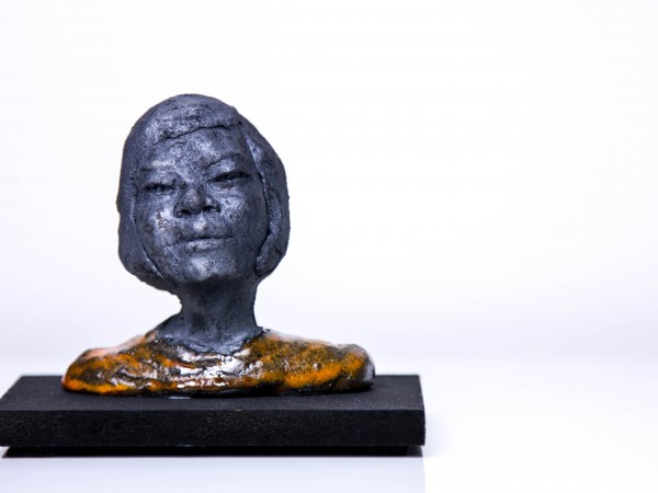 thumbnail galerie sculpture terre cuite Agathe terres ethniques by Anne Requillart