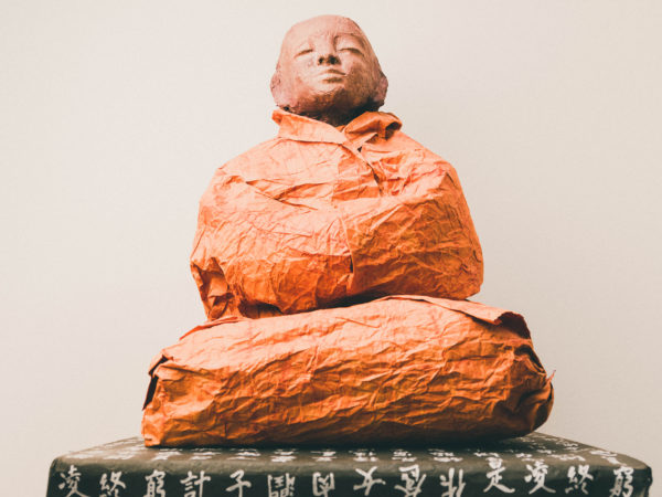 thumbnail galerie sculpture papier bouddha 10 terres ethniques by Anne Requillart